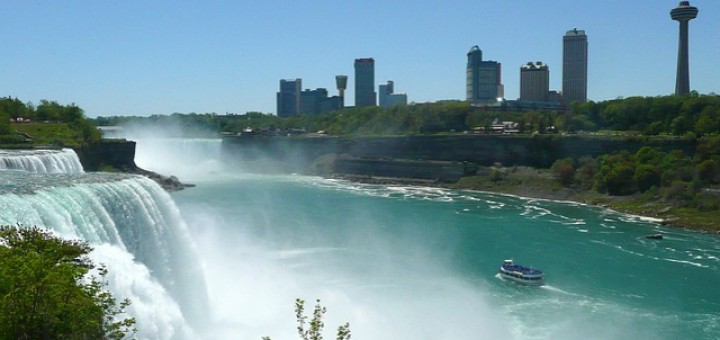 Travelling to Niagara Falls